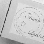 LE coffret Stamp Your Identity tampon logo gravé main