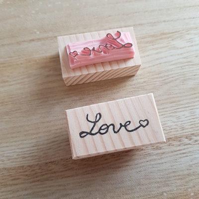 tampon love gravé main